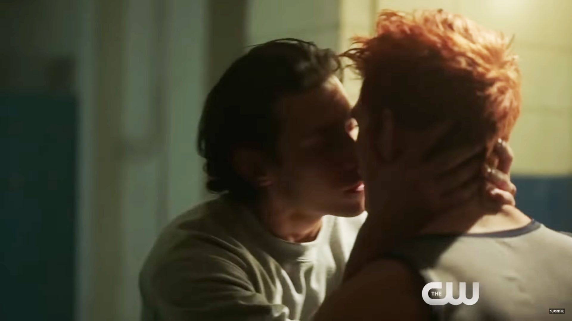 Archie Locks Lips With Another Guy In New Riverdale Sneak