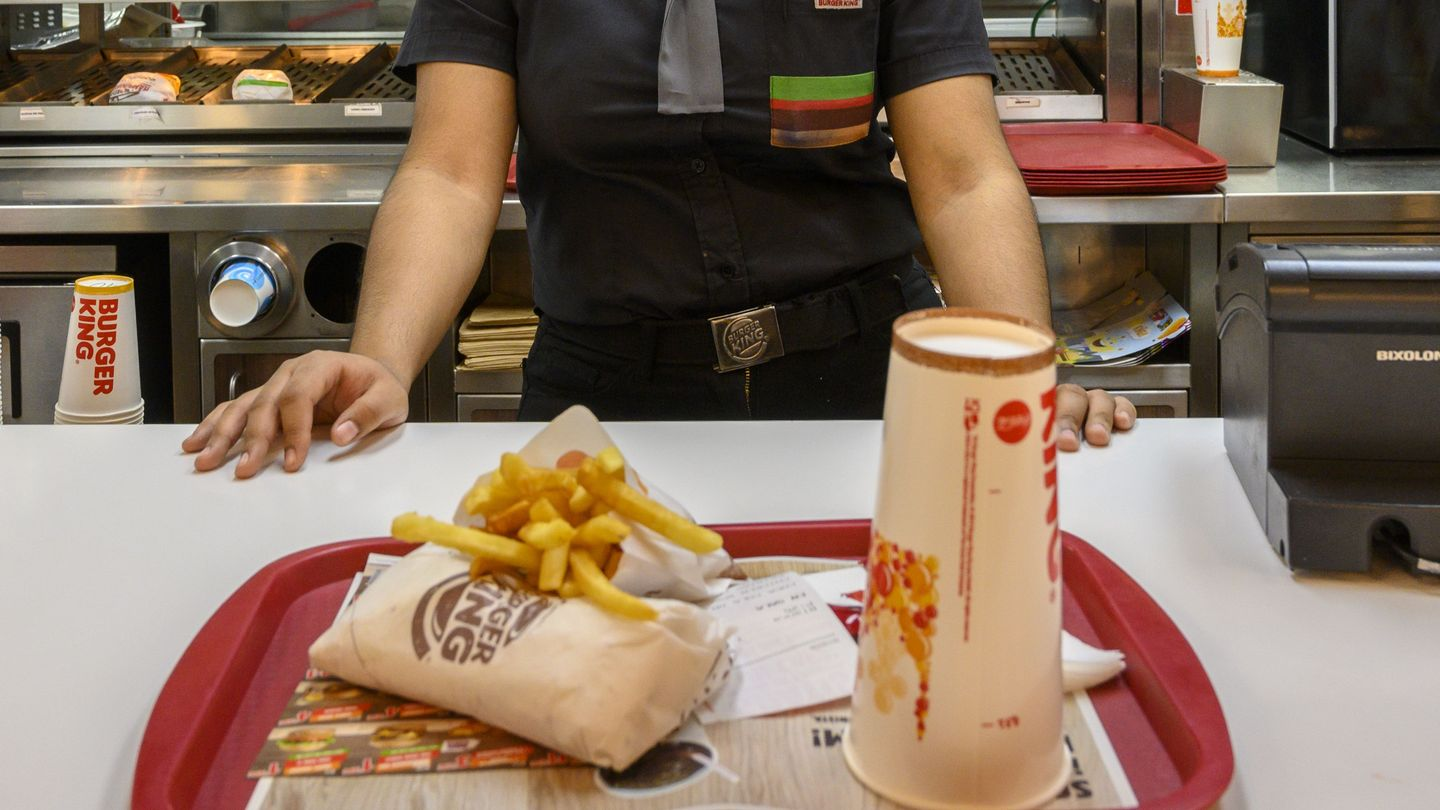 Lesbian Teen Sues D.C. Burger King for Anti-Gay Harassment