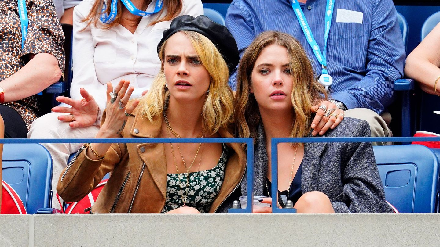 Cara Delevingne And Ashley Benson Broke Up Love Is Dead Newnownext