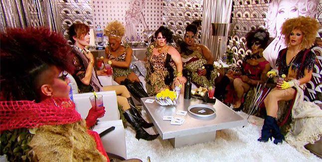 RuPaul's Drag Race: RuVealed: Untucked - RuPocalypse Now!