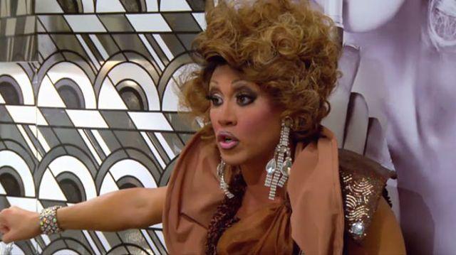 Best Drag Race Season 4 Episode 11 Untucked - Bella Esa
