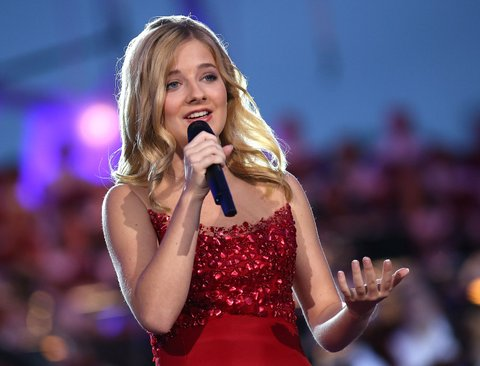 WASHINGTON, DC - JULY 04:  Classical crossover star Jackie Evancho performs at A Capitol Fourth concert at the U.S. Capitol, West Lawn, on July 4, 2016 in Washington, DC.  (Photo by Paul Morigi/Getty Images for Capital Concerts)