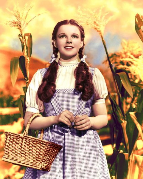 American actress and singer Judy Garland (1922 - 1969) as Dorothy Gale in 'The Wizard of Oz', 1939. (Photo by Silver Screen Collection/Hulton Archive/Getty Images)