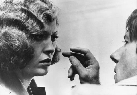 1974: The actress Faye Dunaway taking instructions from director Roman Polanski on the set of 'Chinatown'. (Photo by Keystone/Getty Images)