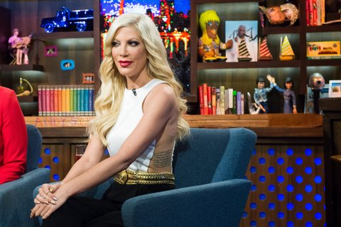 WATCH WHAT HAPPENS LIVE -- Pictured: Tori Spelling -- (Photo by: Charles Sykes/Bravo/NBCU Photo Bank via Getty Images)