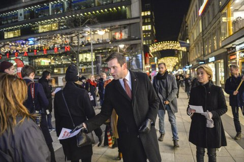 Sweden's Minister for Health Care, Public Health and Sport, Gabriel Wikstrom (C) of the Social Democrat, hands out leaflets with Annika Strandhall (R), Minister for Social Security and Social Democrat at Sergels Square in central Stockholm, Sweden on December 3, 2014. Earlier the government announced fresh elections after failing to get its budget through the parliament.  AFP PHOTO / TT NEWS AGENCY/  MAJA SUSLIN  +++  SWEDEN OUT +++        (Photo credit should read MAJA SUSLIN/AFP/Getty Images)