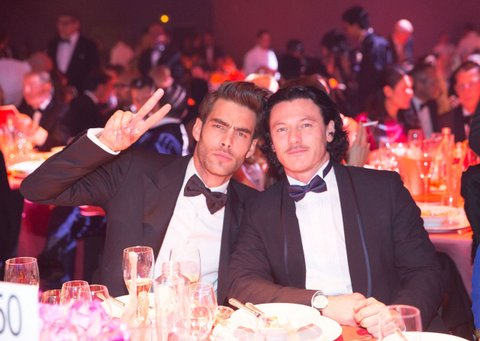 CAP D'ANTIBES, FRANCE - MAY 22:  Jon Kortajarena and Luke Evans attend amfAR's 21st Cinema Against AIDS Gala presented by WORLDVIEW, BOLD FILMS, and BVLGARI at Hotel du Cap-Eden-Roc on May 22, 2014 in Cap d'Antibes, France.  (Photo by Kevin Tachman/amfAR14/WireImage)