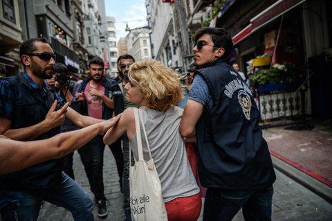 Turkey lgbt arrest
