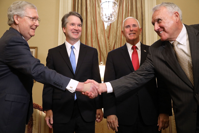 Arizona governor names former Sen. Jon Kyl as McCain replacement