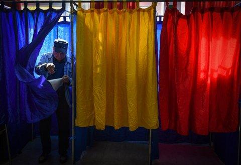 Romania voting