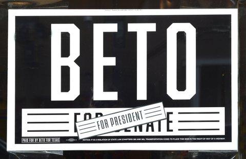 beto o'rourke campaign sign