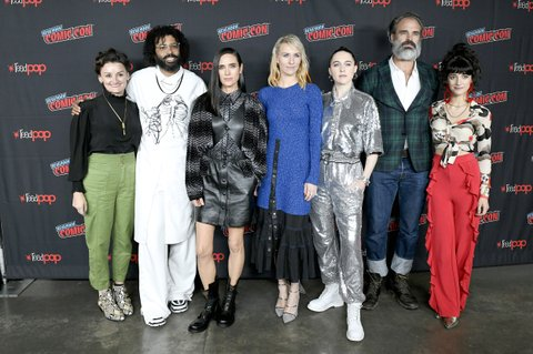 NEW YORK, NEW YORK - OCTOBER 05: Sheila Vand, Daveed Diggs, Mickey Sumner, Steven Ogg, Alison Wright, Jennifer Connelly, and Lena Hall attends the Snowpiercer press line during New York Comic Con at Hammerstein Ballroom on October 05, 2019 in New York City. (Photo by Eugene Gologursky/Getty Images for ReedPOP )