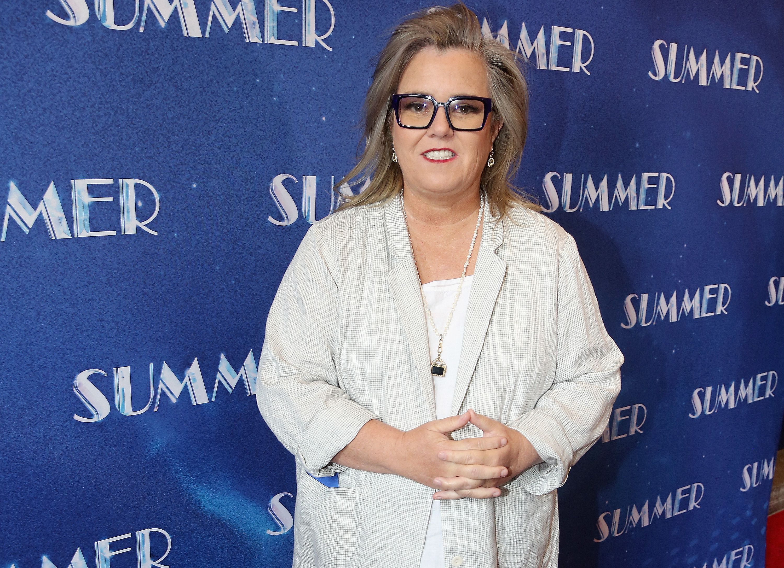 Rosie O'Donnell to revive talk show to benefit Broadway community
